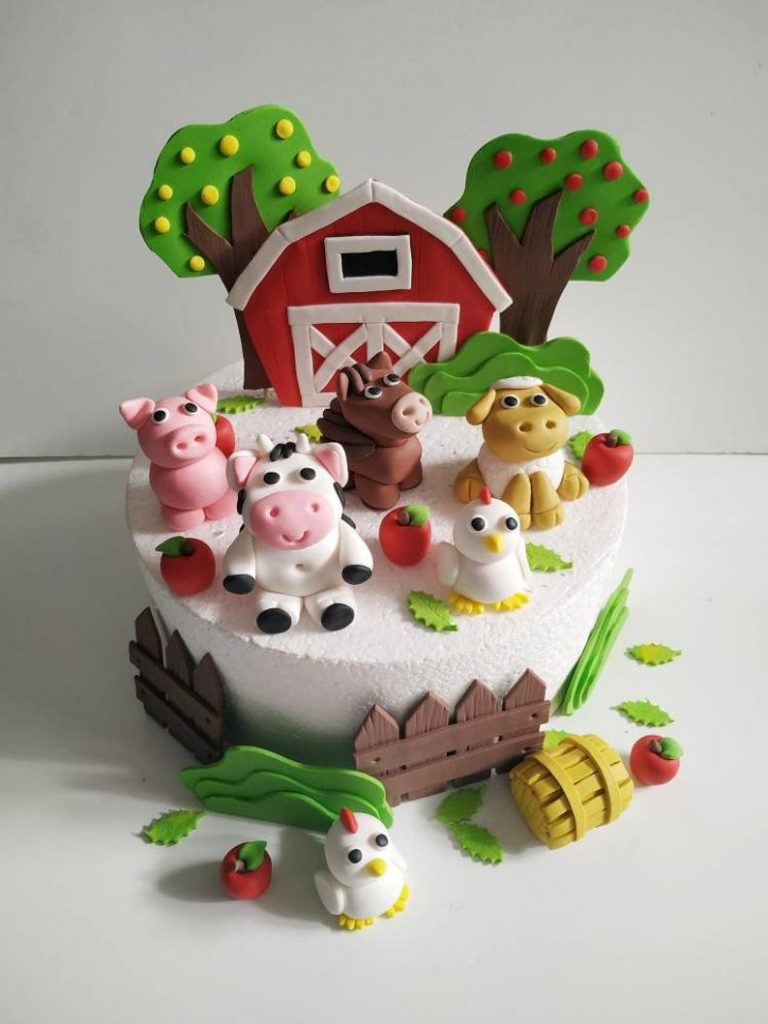 farm themed cake decorations